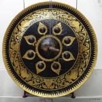 Big gong.